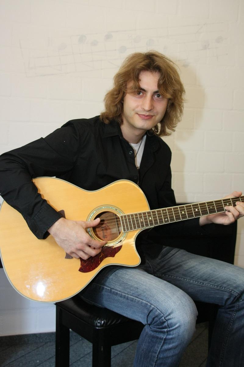 Gitarrenlehrer Marcel Robaszynski2